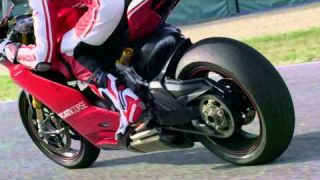 2015 Ducati Panigale R - Cycle News