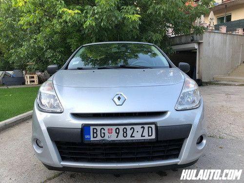 Renault Clio 1.5 DCI, 2012. DizelAuto je u odlicnom stanju, redovan servis na 175000 km, gume zimske nove, nov akumulator, prednji diskovi i plocice, dva kljuca, uvezen 2016. iz Francuske.Gratis veliki servis.Prešao 178500 km. Garažiran.Branici u boji auta, multifunkcionalni volan, tempomat, daljinsko zaključavanje, putni računar, tonirana stakla, električni podizači, grejači retrovizora, sedišta podesiva po visini, radio CD, grejači vetrobranskog stakla, Child lock, ABS, kodiran ključ, blokada motora, centralno zaključavanje, rezervni ključ...Registrovan do 07.2019.Cena 4300 eura.Telefon; 063 200897