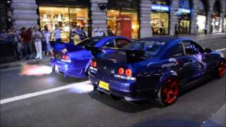 Two Nissan GTR R33 Skylines Revving and Shooting Flames in London 2014 (1080p)
